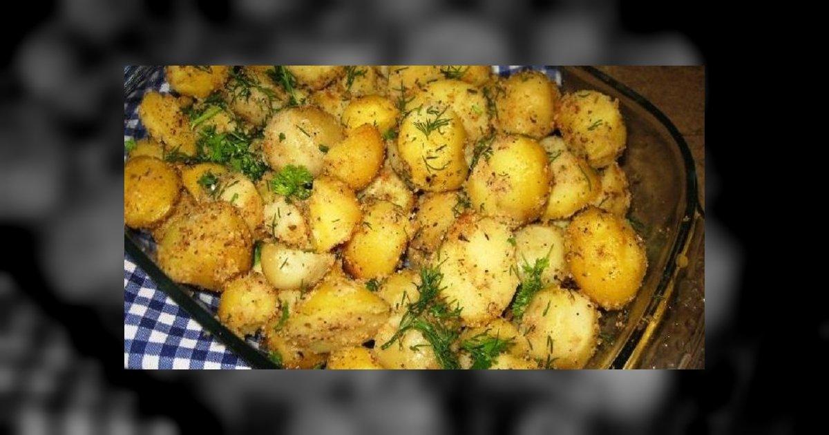 Cartofi cu usturoi la cuptor – o reteta simpla si gustoasa, de post