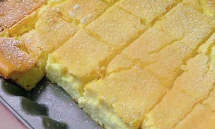 Prăjitură pufoasă cu brânză dulce – Rețetă foarte simplă și rapidă